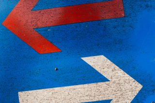 Amerikaanse verkiezingen. Right and left arrow.